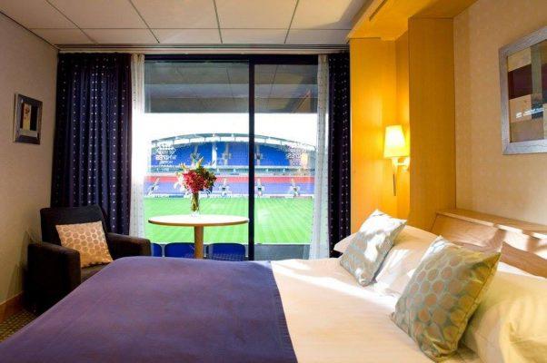 Fransa kulübü Le Havre, stadının içine otel açtı!