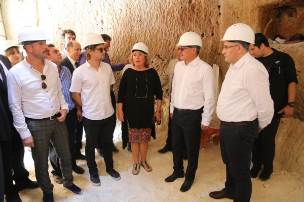 Hasankeyf'teki 9 mağara yeni yılda butik otele dönüşecek