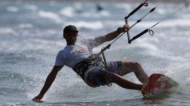 Kuzey Ege'nin incisi Gökçeada'ya sörfçü akını!