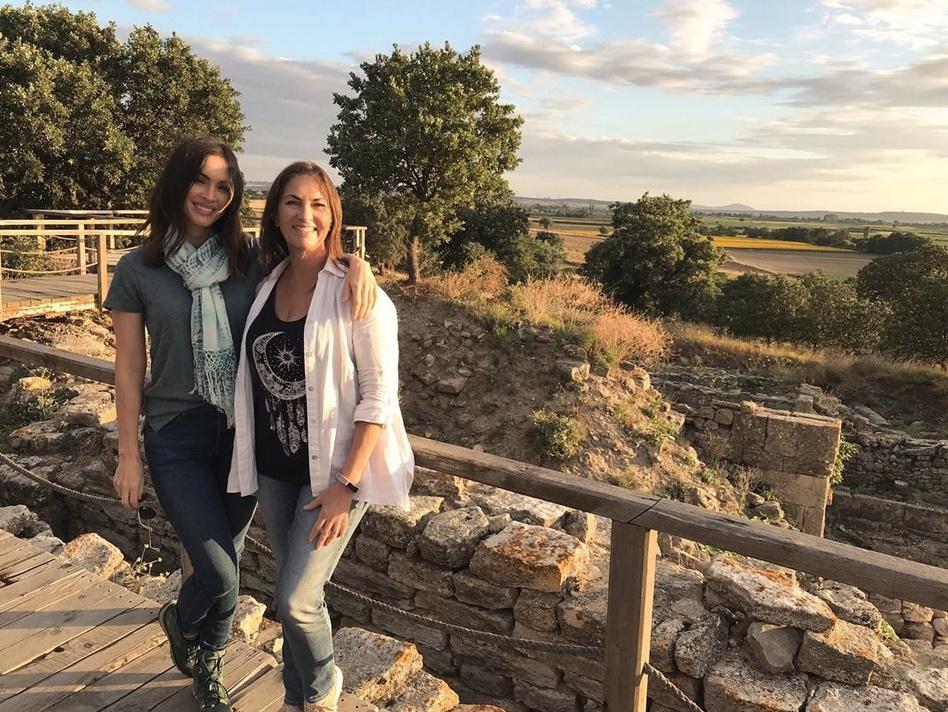 Megan Fox'un Troya'lı Türkiye paylaşımına beğeni yağdı