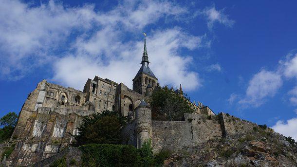 Metcezirin yarımadayı adaya dönüştüğü yer: Mont Saint Michel