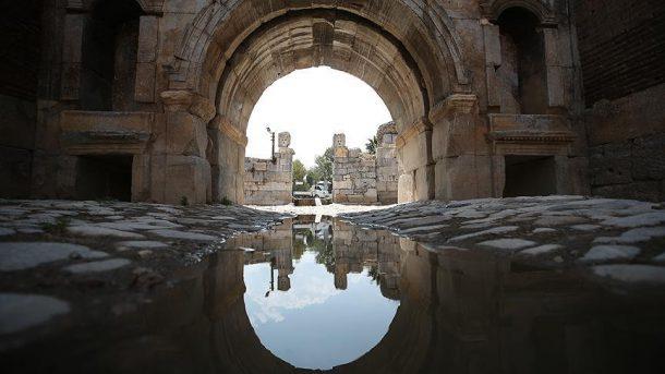 Roma da, Bizans da, Osmanlı da aynı yolu kullanmış!