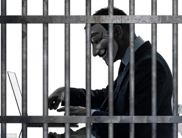Sahte yorumdan hapis cezası aldı, tarihe geçti!