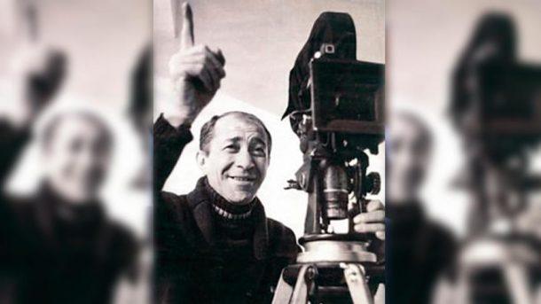 Turizm Bakanı Mehmet Ersoy, yönetmen Ertem Eğilmez'i andı