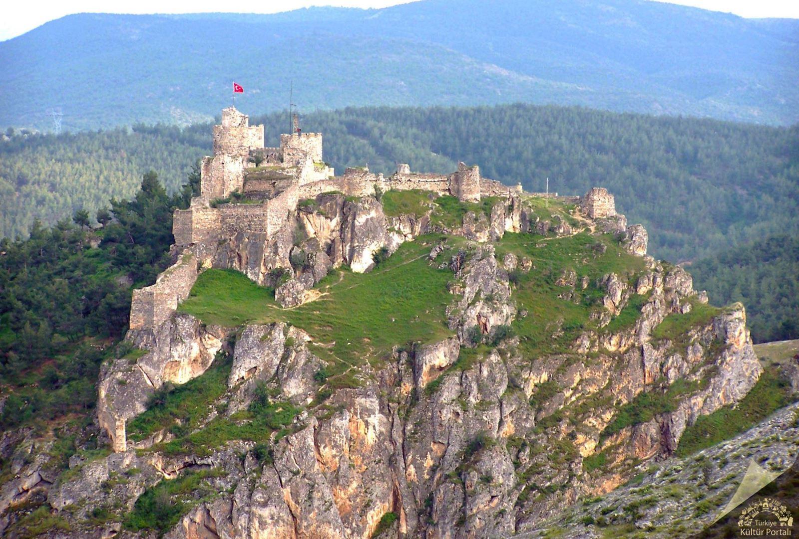 Türkiye'nin en görkemli kaleleri Boyabat Kalesi-Sinop