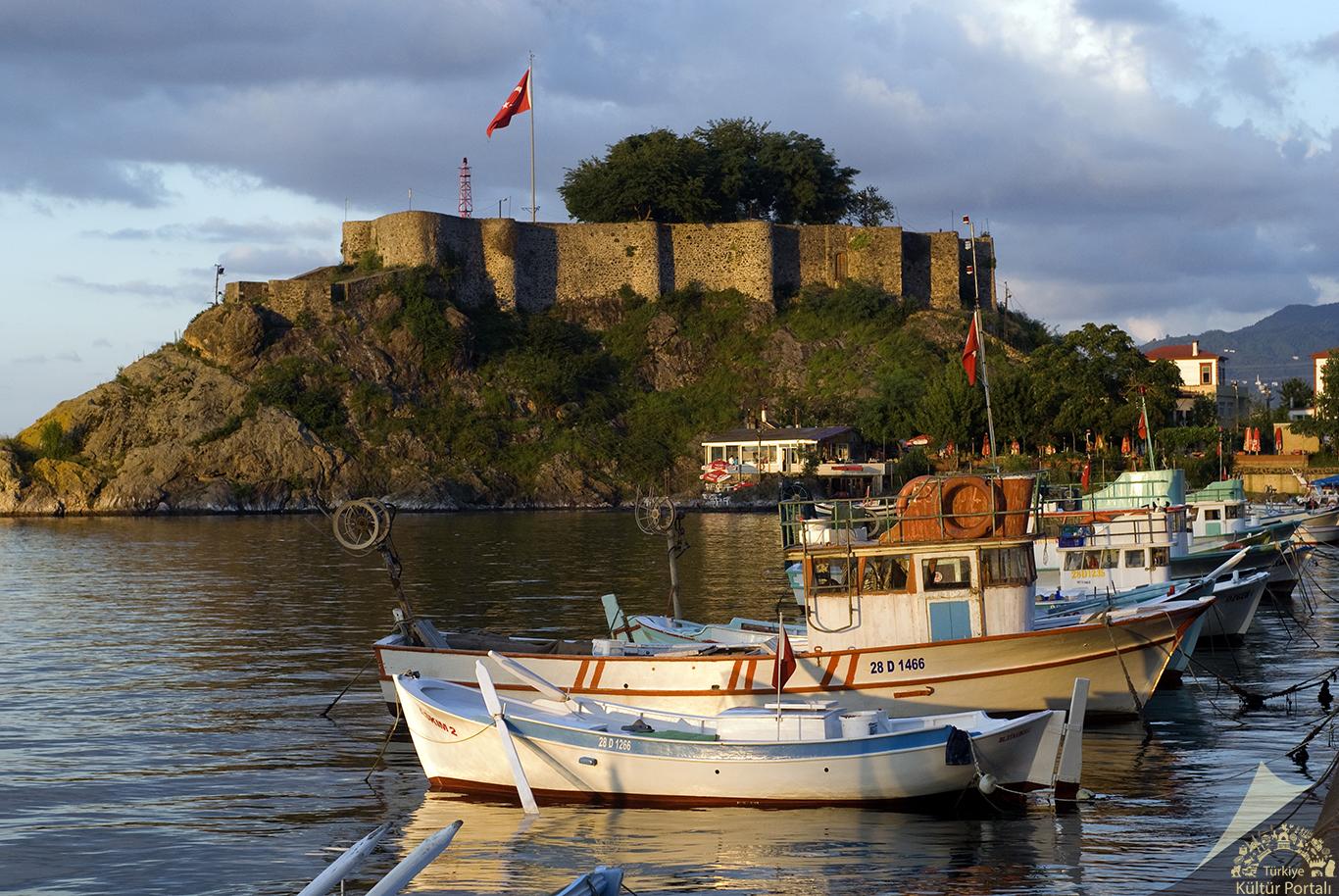 Türkiye'nin en görkemli kaleleri Tirebolu Kalesi- Giresun