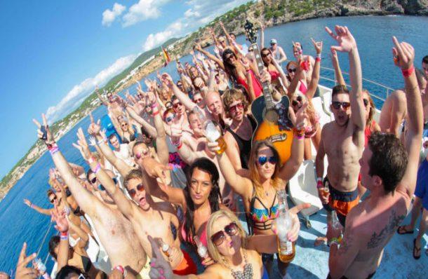 Yunanlılar turizmde vergi kaçağını drone ile durduracak!