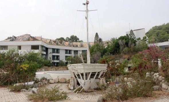Antalya'daki 5 yıldızlı Hayalet Otel turistleri şaşkına çeviriyor!
