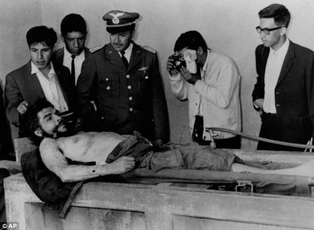 Che, 1967'de Bolivya'da öldürüldü