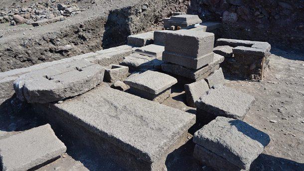 Assos Aristios ailesinin mezarı bize önemli bilgiler verdi