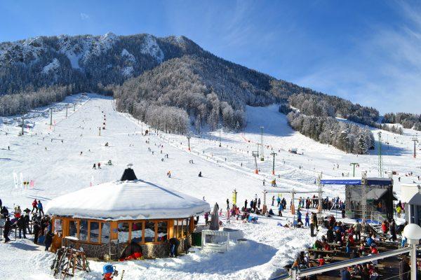 Slovenya'nın dünyaca ünlü kayak merkezi Kranjska Gora