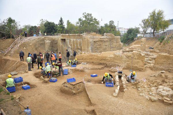 Tarihi Haydarpaşa Garı'nın altında antik şehir bulundu!