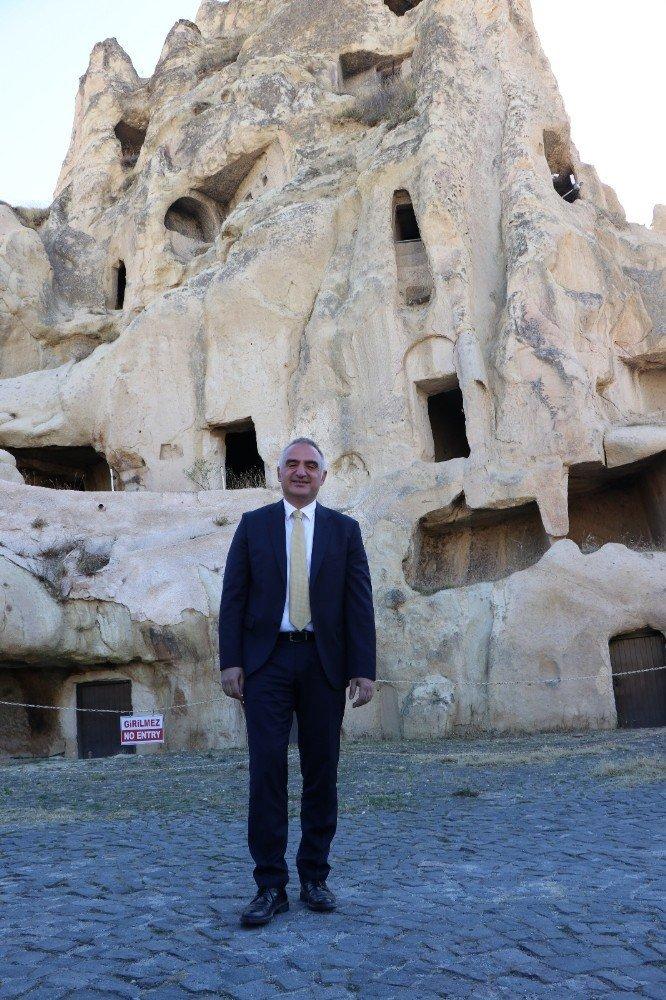 Bakan Mehmet Ersoy Kapadokya'da ziyaretlerde bulundu