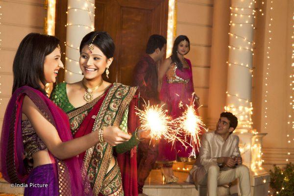 Diwali Işık Bayramı kutlandı