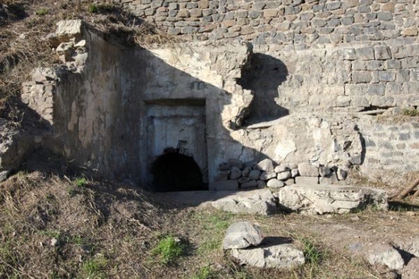 İçkale surları Kanuni'nin döneminden