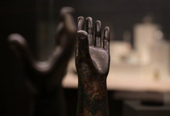 Karaborsadan kurtarılan eserler Sofya'da sergileniyor!