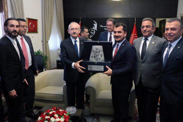 Kılıçdaroğlu'nu ziyaret eden iş adamları EXPO 2016 Antalya alanına casino yapılmasını önerdi