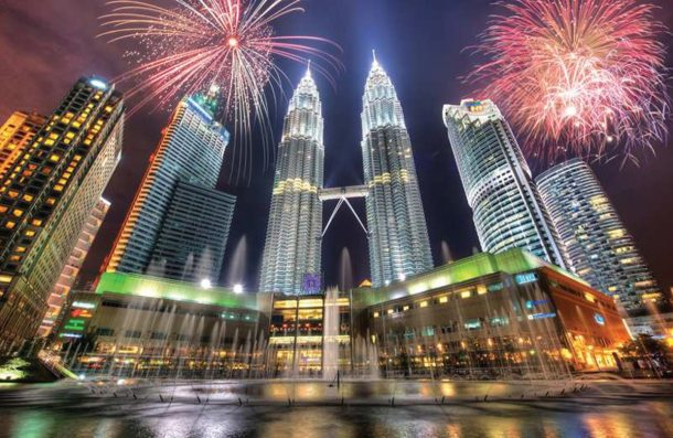 Malezya'daki Hindular Duwali Işık Bayramını kutladı