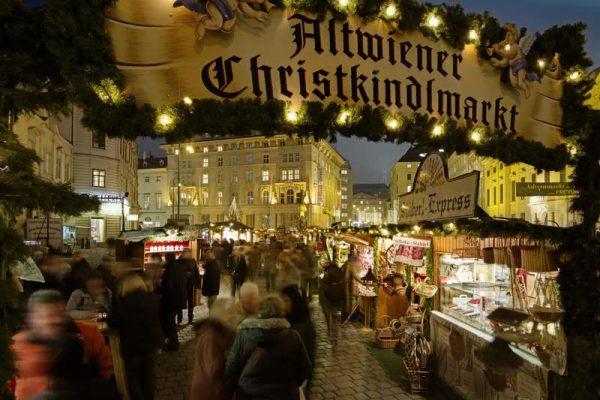Noel Wiener Cchristkindlmarkt Noel ruhunu Viyana'da yakalayın!