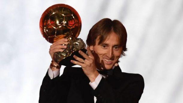 Gelenek 11 yıl sonra bozuldu... Altın Top Modric'in!