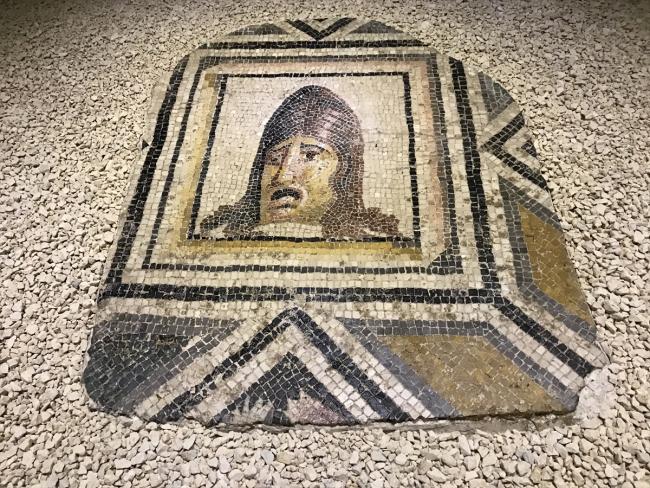 Kayıp mozaiklere büyük igili