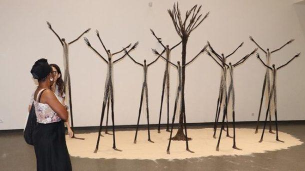 Afrika'dan çalınan birçok eser Fransız müzelerinde sergilenmekte