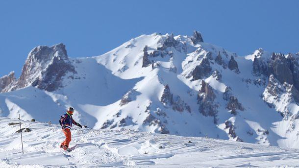 Erciyes Kayak Merkezi ziyaretçilerini bekliyor