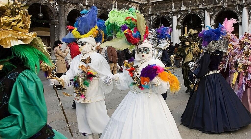 Venedik Maske Festivali Arsenale