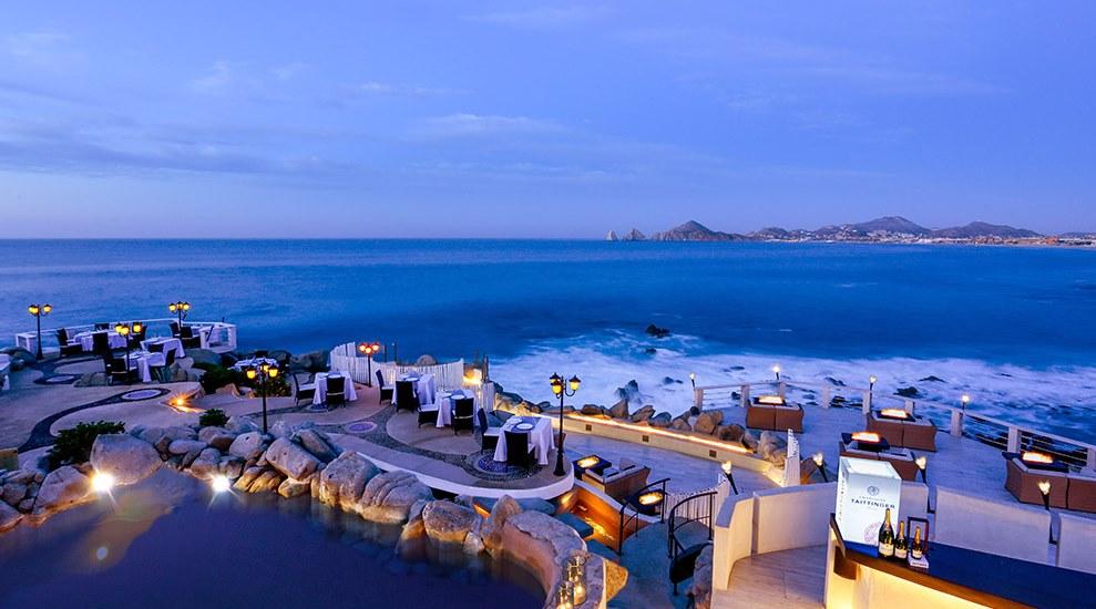 Sunset Mona Lisa'nın muhteşem konumu ve manzarası... Dünyanın en romantik restoranları...