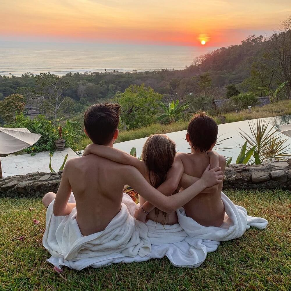 Gisele ve Tom üç çocuklarıyla keyifli bir tatil geçirdi