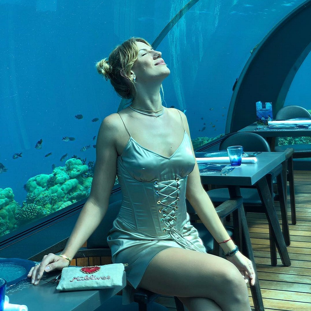 Les Nikitiuk, 5.8 Undersea Restaurant'a hayran kaldı.