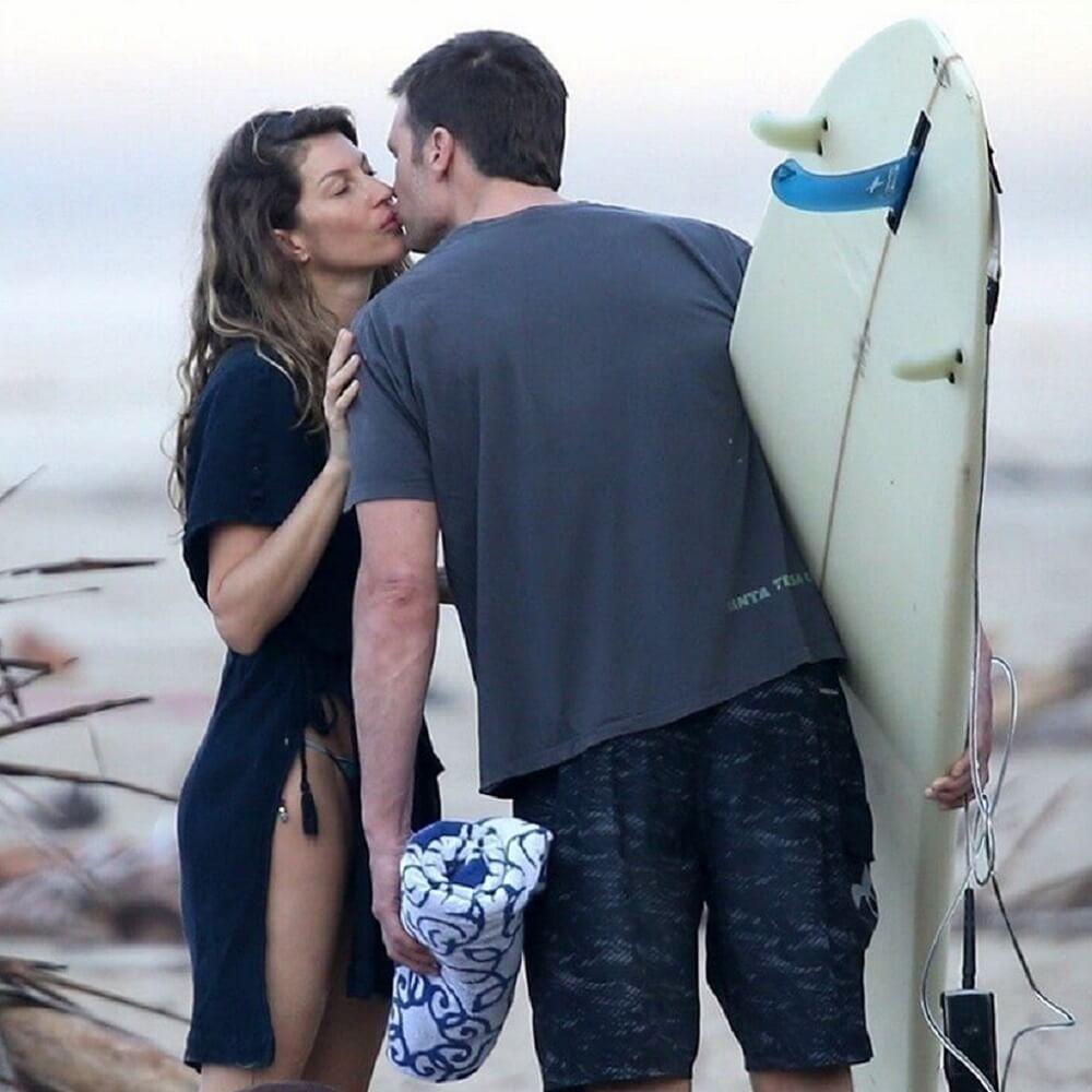 Gisele ve Tom Kosta Rika'da sörf yaptı