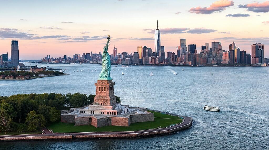 ABD'nin dünyaca ünlü Özgürlük Anıtı