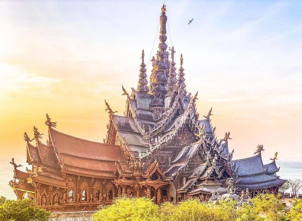 Hakikat Tapınağı