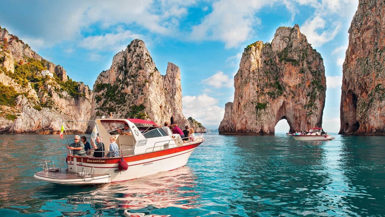 Capri Adası Turları Her Zaman Popüler