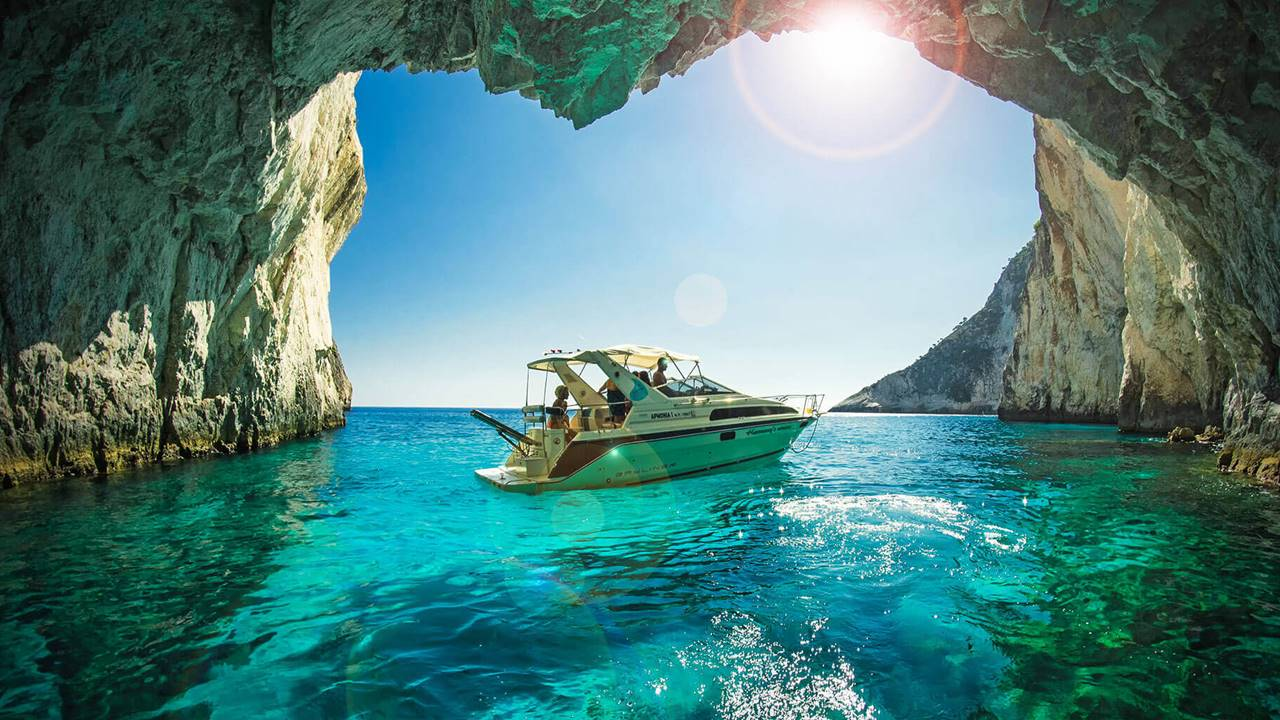 Zakynthos Gezilecek Yerler: Blue Caves