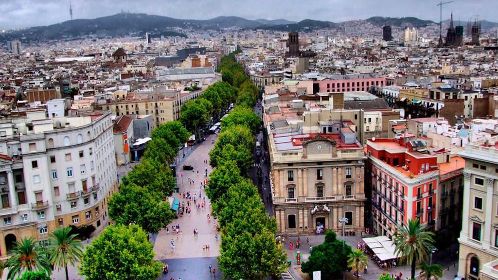 Barselona'da Nerede Kalınır? La Rambla Bölgesi
