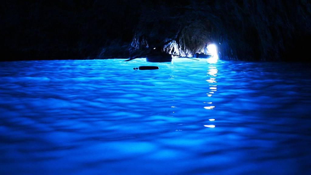 Capri Gezilecek Yerler: Mavi Mağara