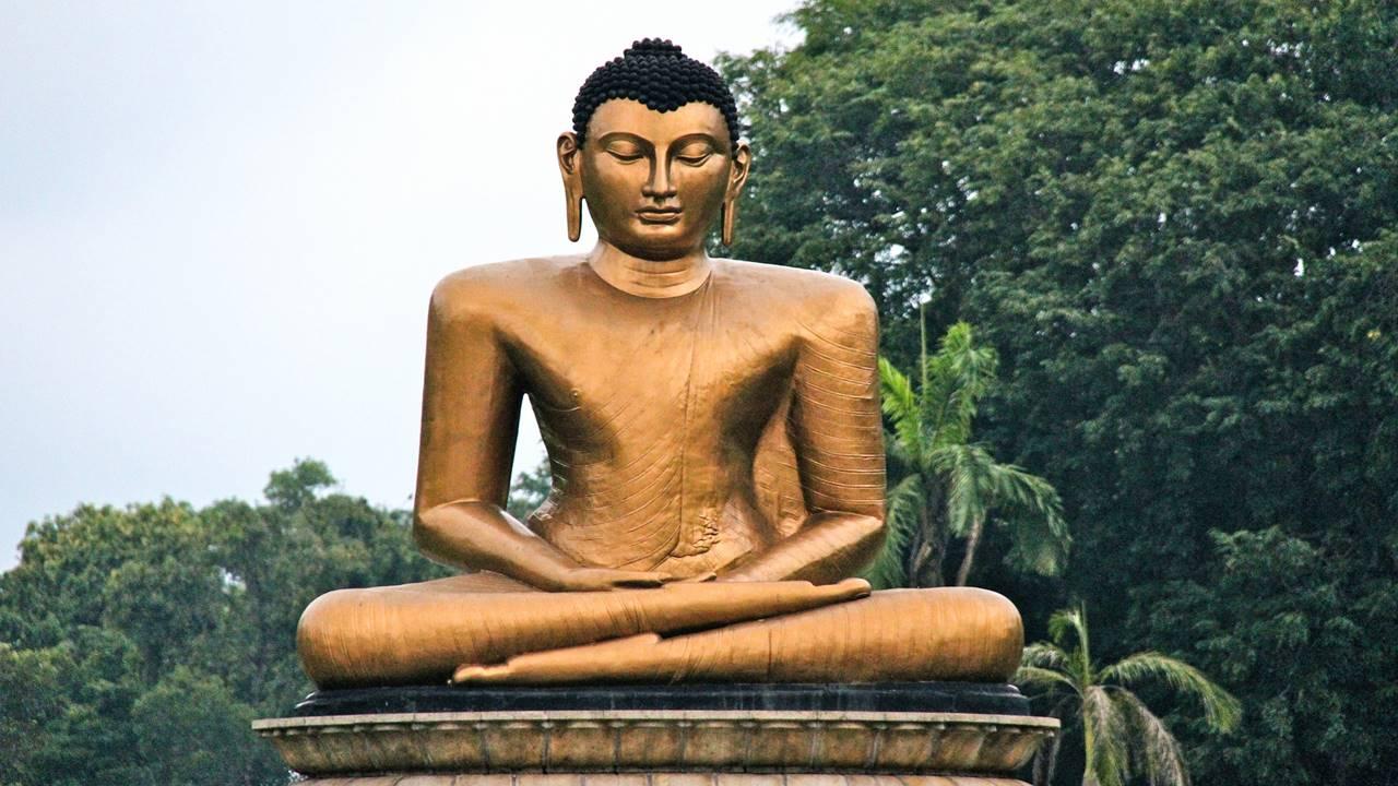 Kolombo Gezilecek Yerler: Viharamahadevi