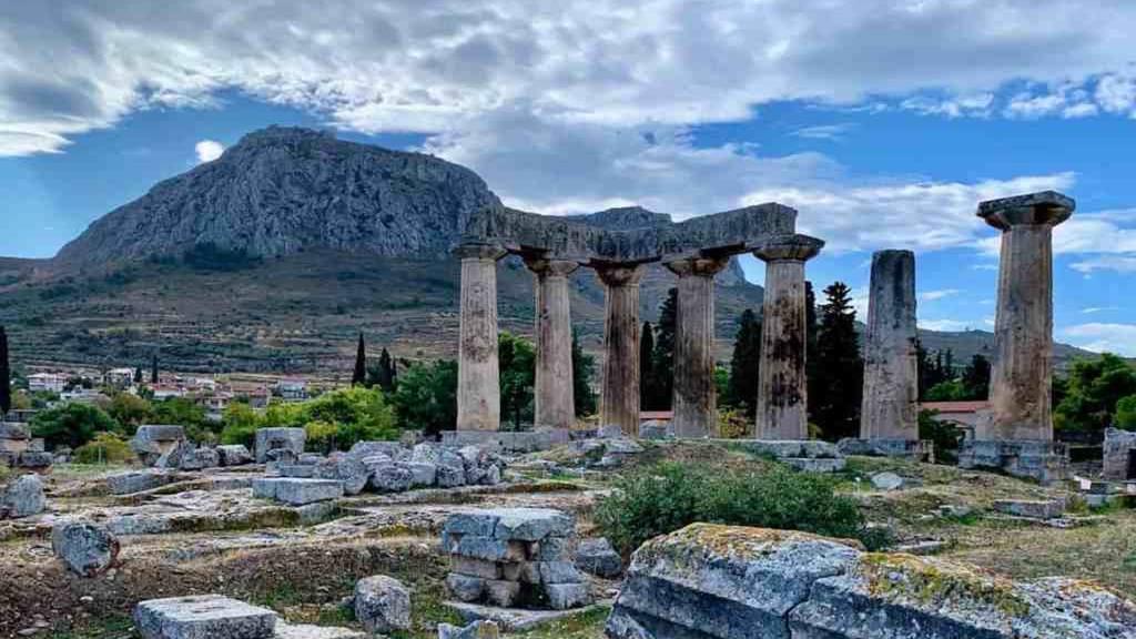 Korint Gezilecek Yerler: Antik Şehir