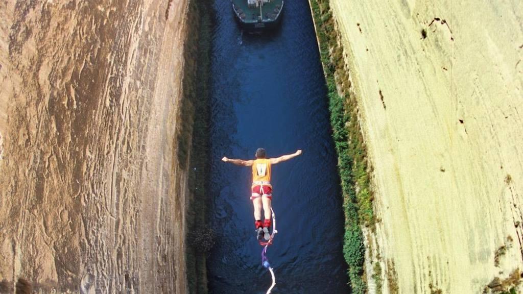 Korint Kanalında Bungee Jumping
