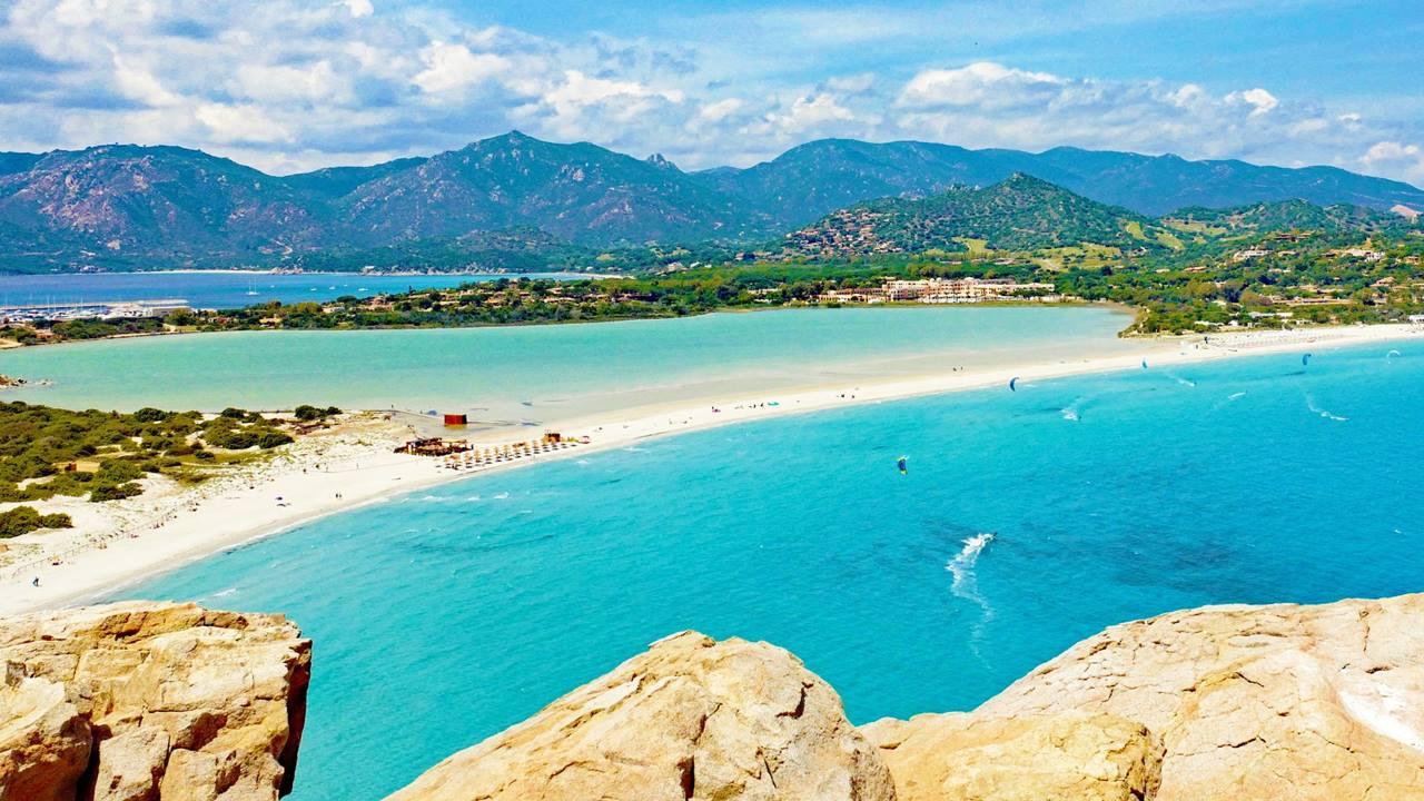 Korsika Plajları