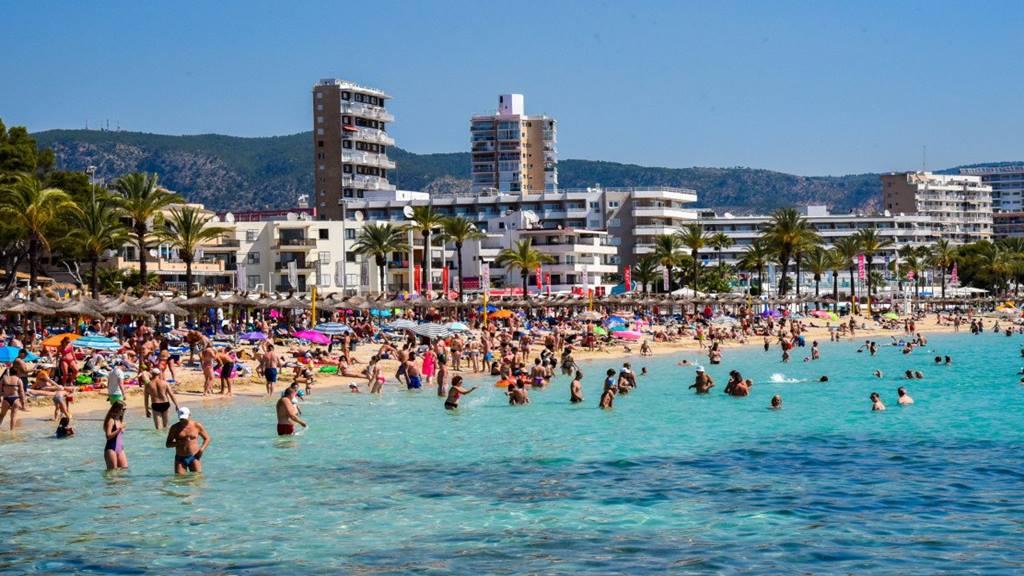 Mallorca Magaluf Plajı