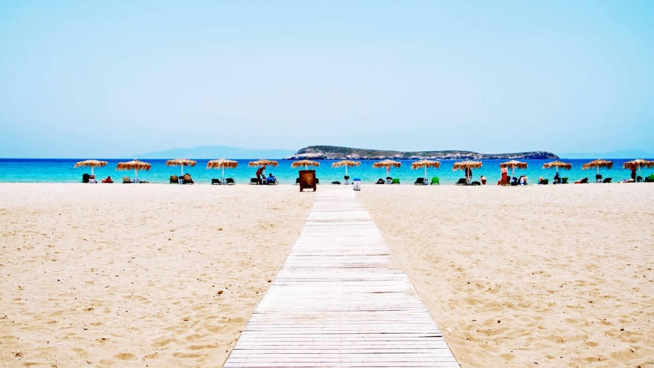 Paros Gezilecek Yerler: Golden Beach