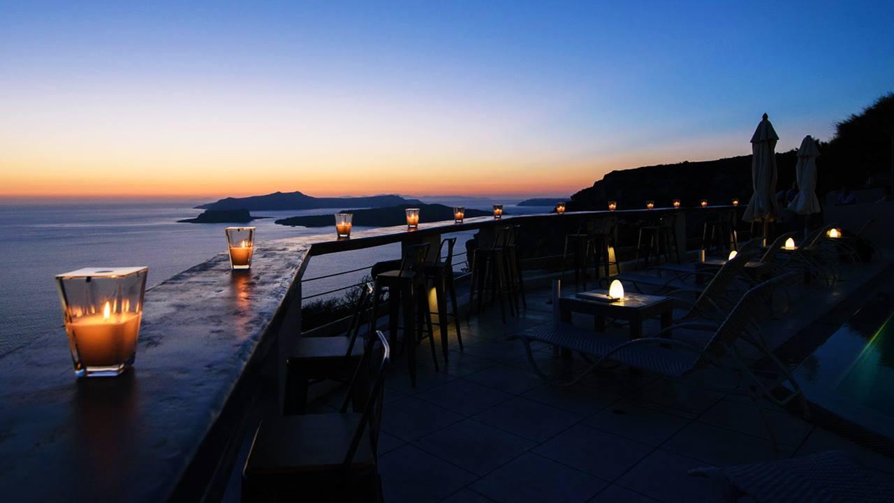 Santorini'de Nerede Kalınır? Grand View Hotel