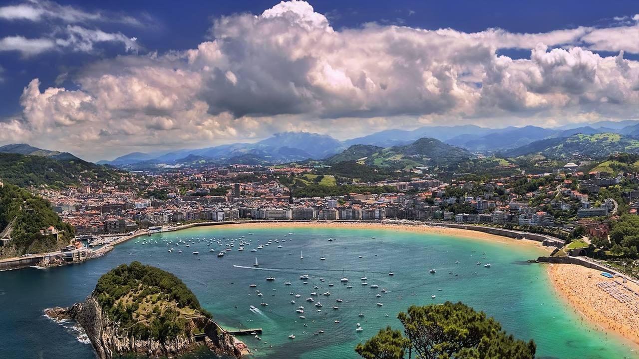 En Güzel İspanya Plajları: La Concha
