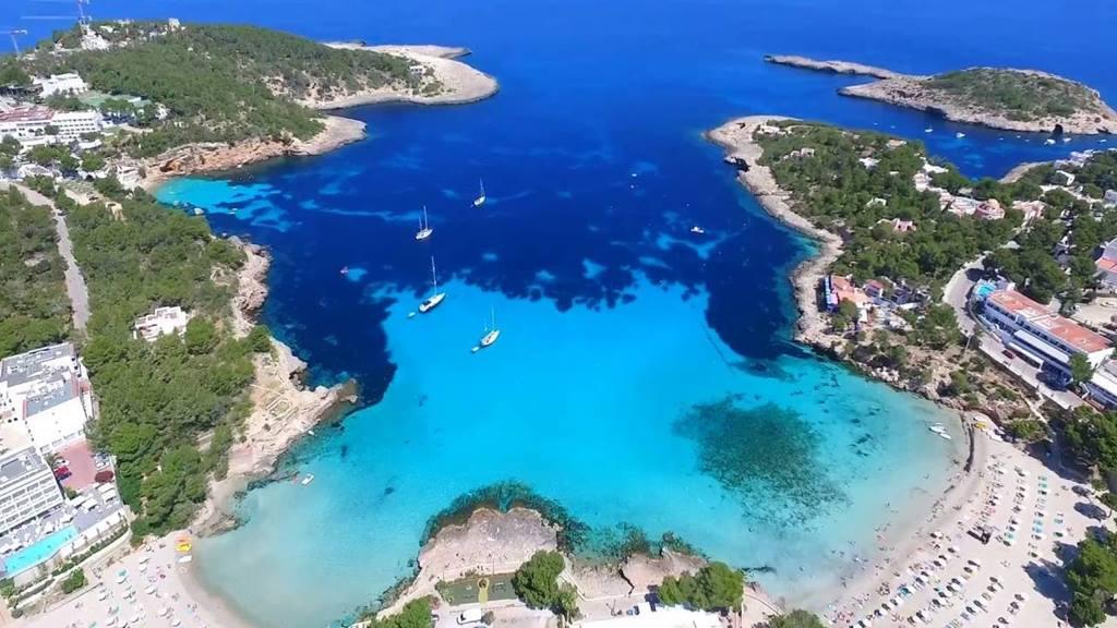 İbiza Adası Plajları: Portinatx