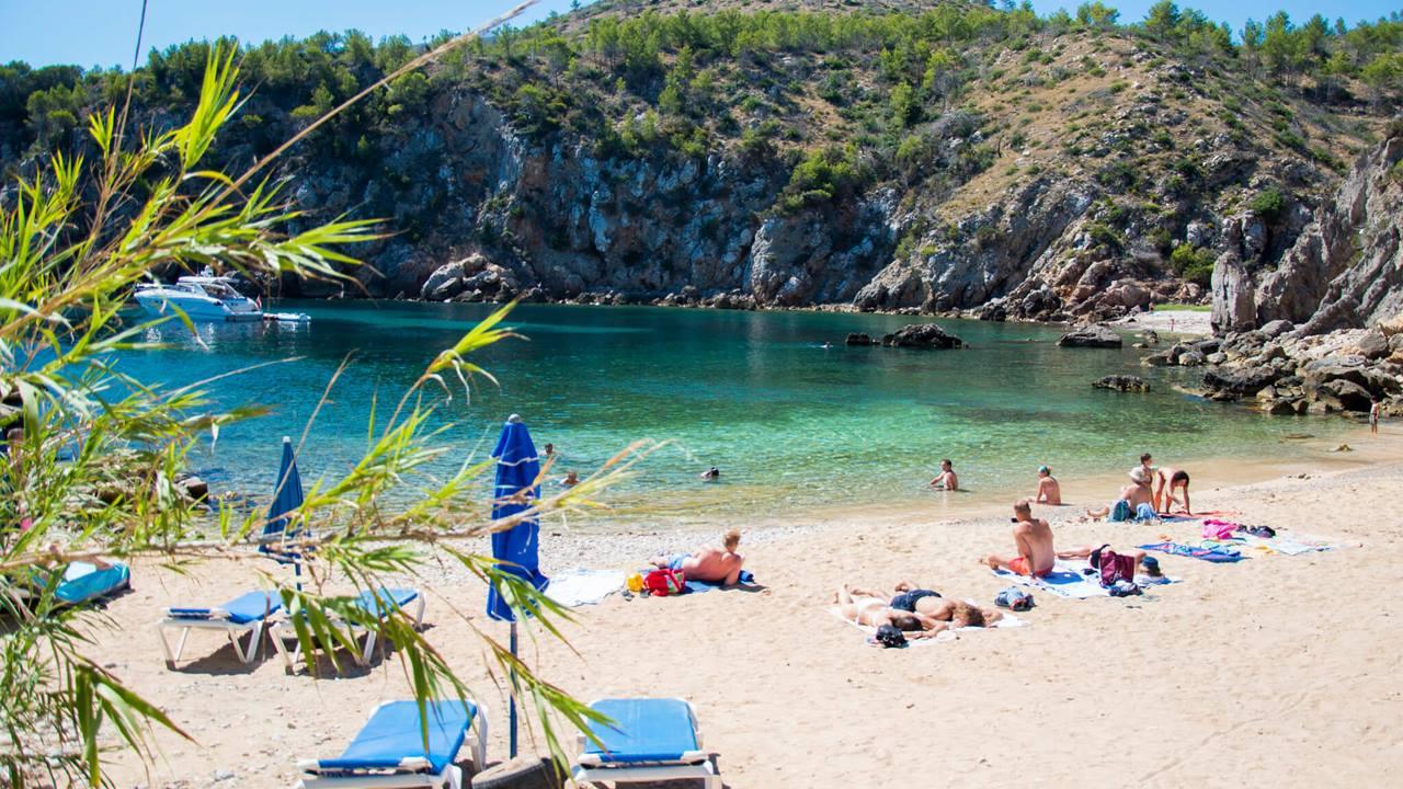 İspanya Plajları: Cala De'n Serra
