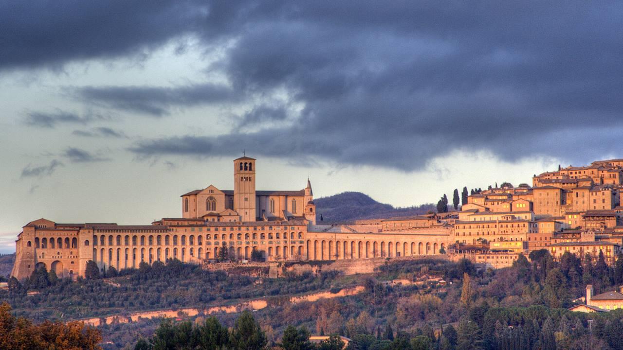 Umbria Gezilecek Yerler: Assisi